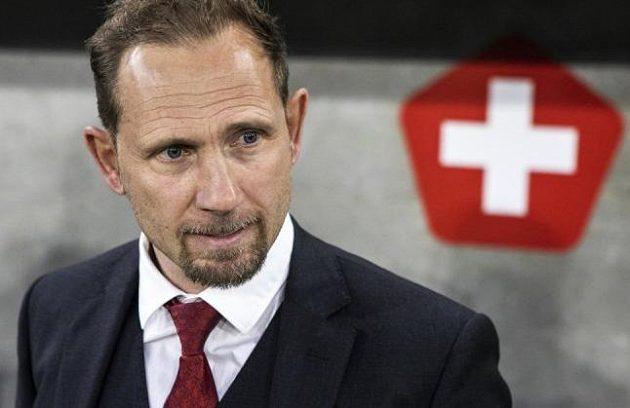 Mauro Lustrinelli na lavičce švýcarské reprezentace do 21 let.
