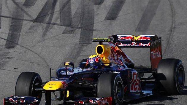 Mark Webber s vozem Red Bull při testech před sezónou 2012.
