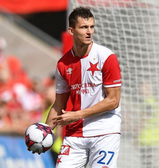 Slávista Tomáš Necid během utkání se Slováckem.