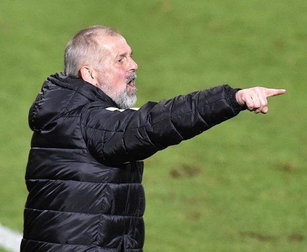 Trenér Jablonce Petr Rada během zápasu se Zlínem.