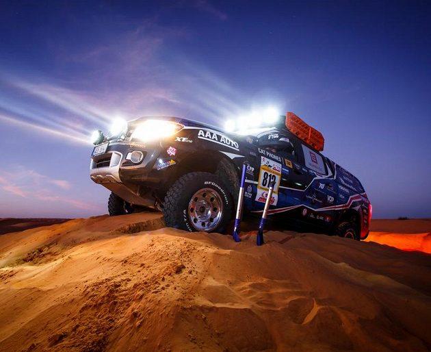 Na vrcholu zrádné duny...