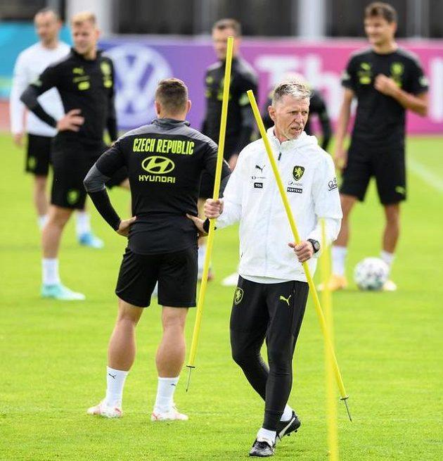 Trenér Jaroslav Šilhavý během čtvrtečního tréninku fotbalové reprezentace v Praze.
