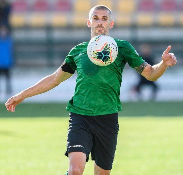 Jan Rezek z Příbrami během utkání 25. kola Fortuna ligy s Baníkem Ostrava.