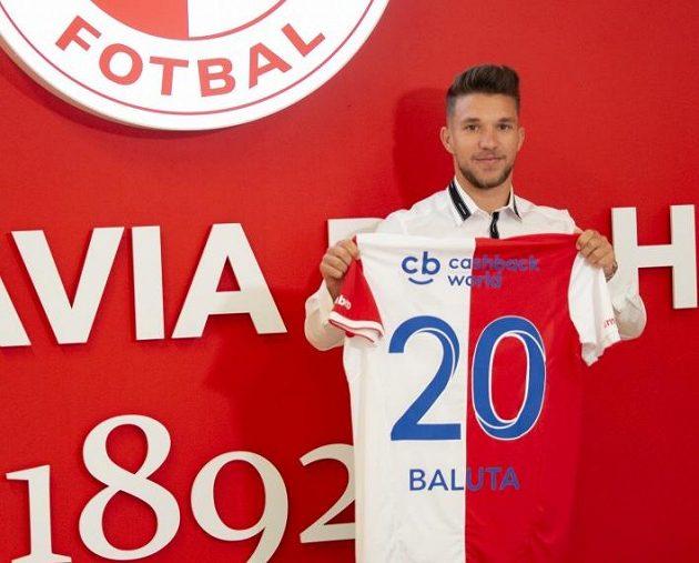 Rumunský reprezentační záložník Alexandru Baluta se stal nejdražší posilou v historii fotbalové Slavie.