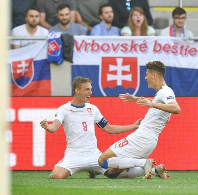 Bořek Dočkal a Patrik Schick slaví branku