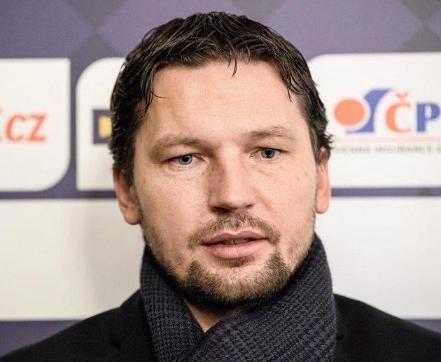 Rozhodčí Roman Hrubeš, garant projektu zavedení videa do české ligy.