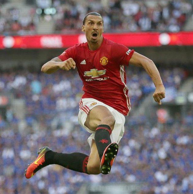 Král jsem já! Zlatan Ibrahimovic začal parádně...