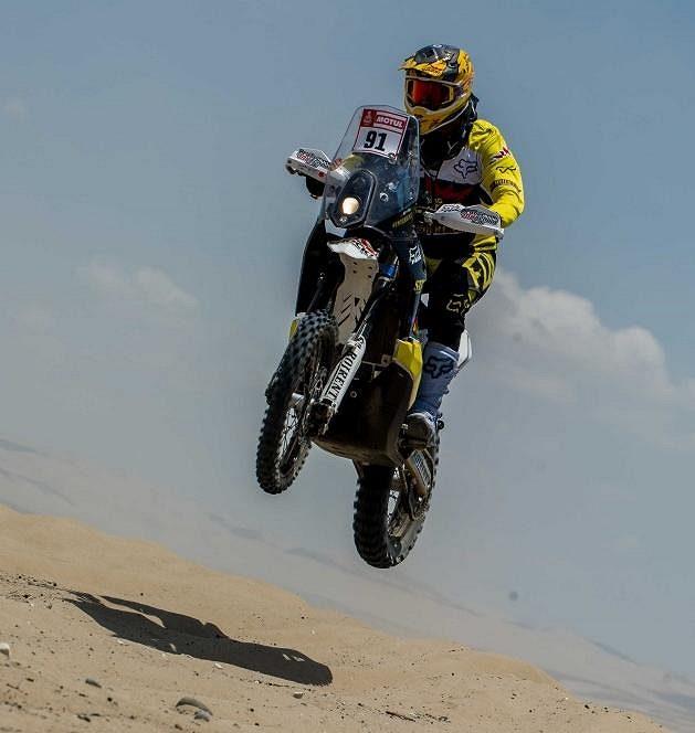 Jan Brabec během úvodní etapy Dakaru.