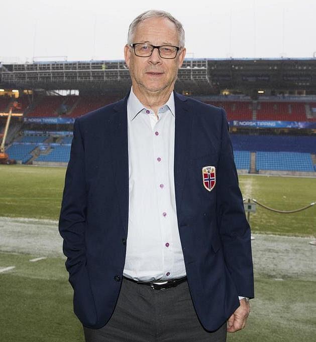 Lars Lagerbäck navlékl sáčko šéfa norské reprezentace.