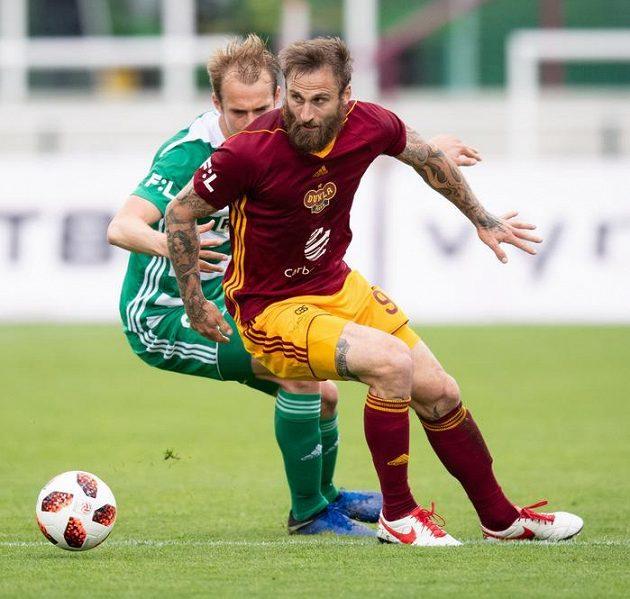 Lukáš Pokorný z Bohemians a Jan Holenda z Dukly Praha.