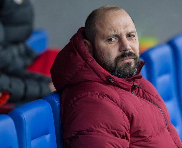 Trenér Tomáš Požár během utkání v Mladé Boleslavi.
