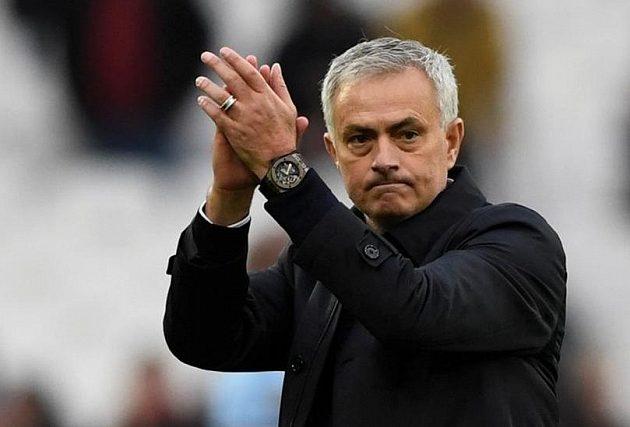 Manažer Tottenhamu Hotspur děkuje fanouškům za přivítání i podporu svého týmu.