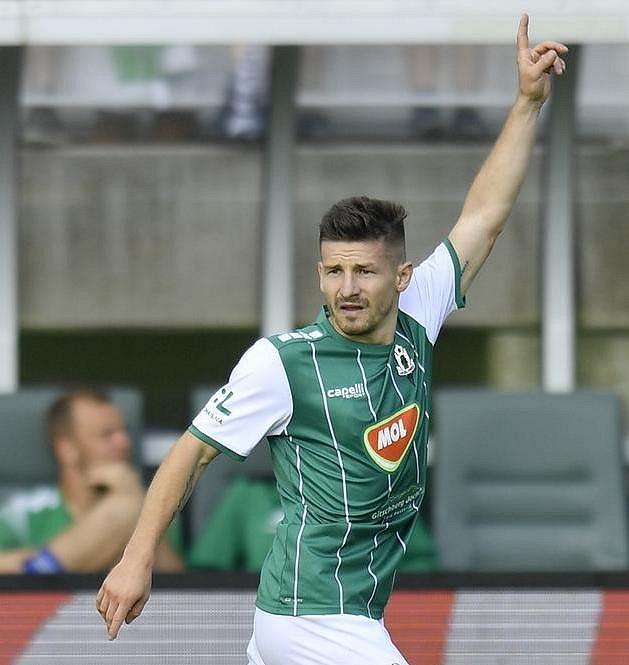 Václav Pilař z Jablonce, autor gólu z penalty.