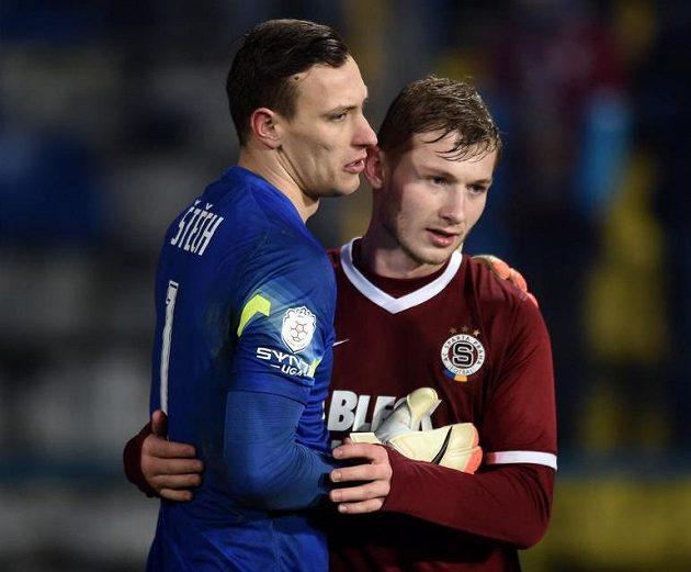 Marek Štěch a Jakub Brabec ze Sparty se radují z výhry v Jihlavě.