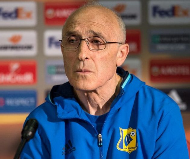 Trenér Rostova Ivan Daniliants.
