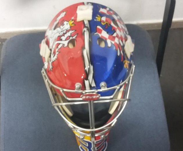 Tuto masku bude nosit Pavel Francouz na mistrovství světa v Rusku.