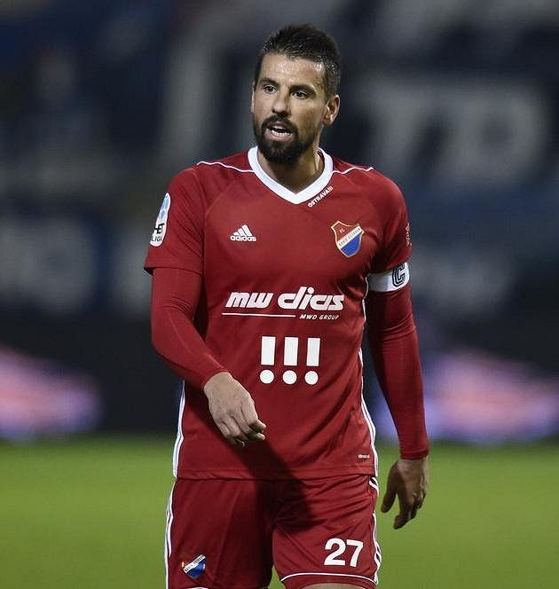 Prohře Baníku nezabránil ani kapitán Milan Baroš.