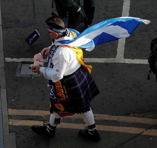 Pečlivě nachystaný fanoušek Skotska...