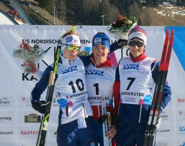 Sdruženář Ondřej Pažout (uprostřed) se stal juniorským mistrem světa.