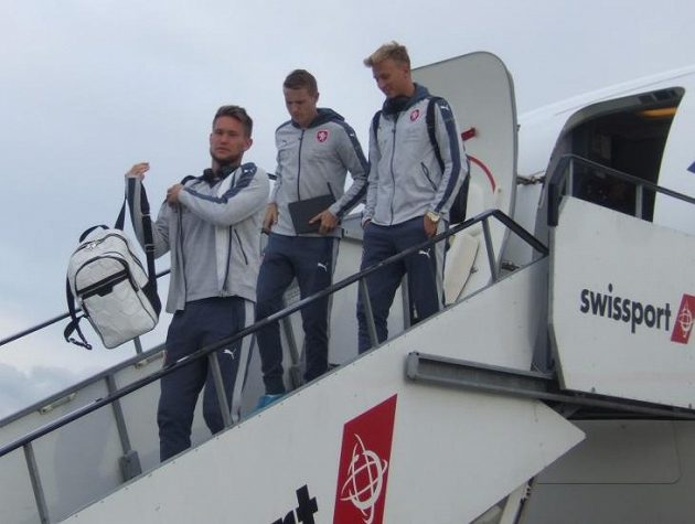 Vítejte v Belfastu! Zleva Tomáš Vaclík, Jakub Jankto a Antonín Barák.