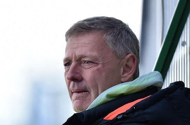 Trenér Sparty Zdeněk Ščasný při prvním semifinále MOL Cupu v Jablonci.