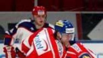 Ruské hokejisty povede legendární Viktor Tichonov.