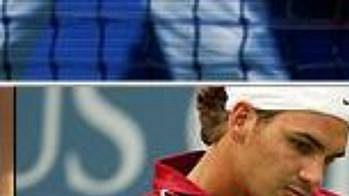 Vítěz Wimbledonu Roger Federer neměl v prvním kole na růžích ustláno.