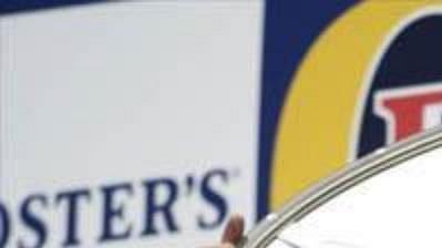 Giancarlo Fisichella oslavuje vítězství v Austrálii.