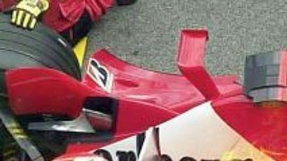 GP Rakouska: během zastávky vboxech vzplál na kapotě vozu Michaela Schumachera oheň.