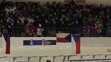 Radost českých hokejistek na MS do osmnácti let.