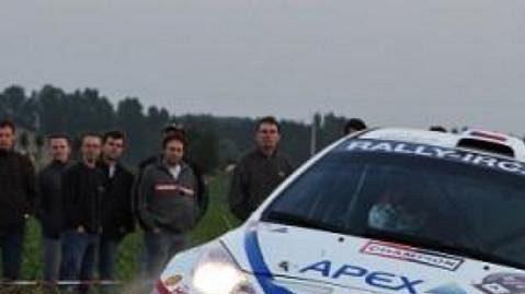 Posádka Jan Kopecký-Petr Starý s vozem Peugeot 207 S2000