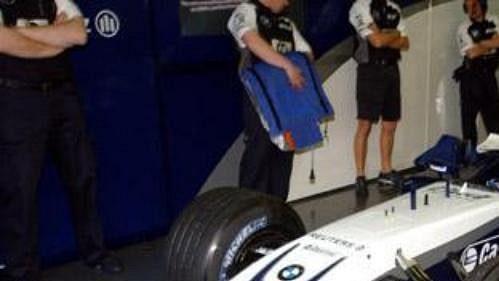 Stáj Williams by mohla přijít omotory od BMW.