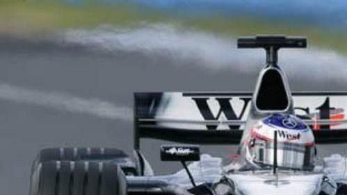 Kimi Raikkönen na mclarenu na okruhu při kvalifikaci na Velkou cenu Austrálie.