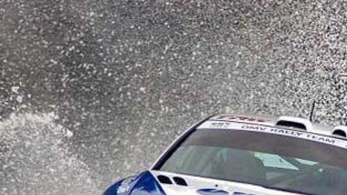 Štěpán Vojtěch se spolujezdcem Michalem Ernstem na trati 22. ročníku Jänner rallye.