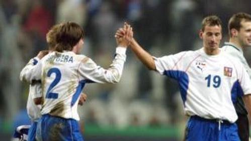 Budou se vsobotu čeští fotbalisté radovat jako po přátelském utkání sFrancií?