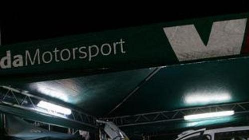 Servis týmu Škoda Motorsport při Rallye Monte Carlo
