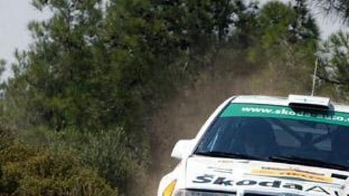 Fin Toni Gardemeister vprvní rychlostní zkoušce Kyperské rallye. Osudnou se mu stala až devátá.