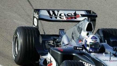 David Coulthard testuje ve Valencii nový monopost McLaren soznačením MP4-19