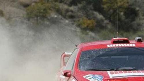 Tovární tým Peugeot na první letošní vítězství zatím čeká.