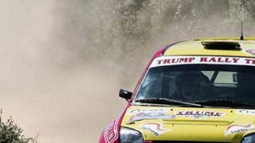 Petr Valoušek za volantem vozu Suzuki Ignis při Italské Rallye. (ilustrační foto)