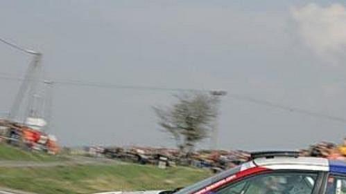 Roman Kresta s vozem Mitsubishi Lancer EVO IX při Rallye Šumava.