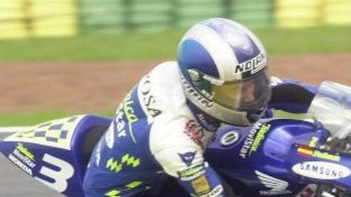 Vedoucí muž průběžného pořadí mistrovství světa silničních motocyklů vkubatuře do 125 ccm Španěl Daniel Pedro