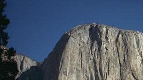 Volným přelezem cesty Salathé Wall na El Capitana v Yosemitech vstoupil Todd Skinner v roce 1988 do širokého povědomí veřejnosti.