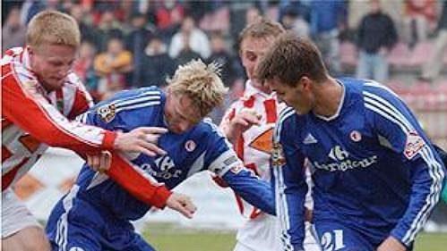 Vedení Viktorie Žižkov se nehodlá smířit se sestupem zprvní ligy.