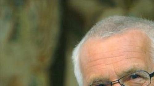 Prezident Václav Klaus pojede podpořit české hokejisty do Německa.