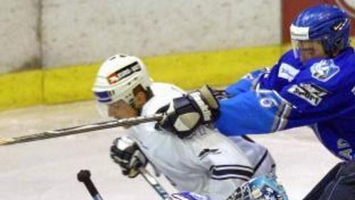 Pro hokejisty Popradu bude Peter Bondra vítanou posilou - ilustrační foto.