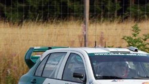 Finský jezdec Toni Gardemeister svozem Fabia WRC na trati Německé rallye.