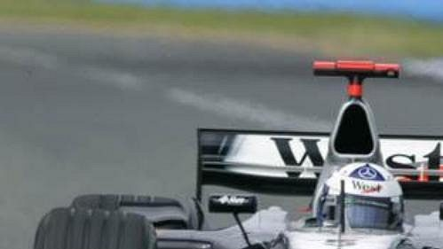 David Coulthard za volantem mclarenu skončil.