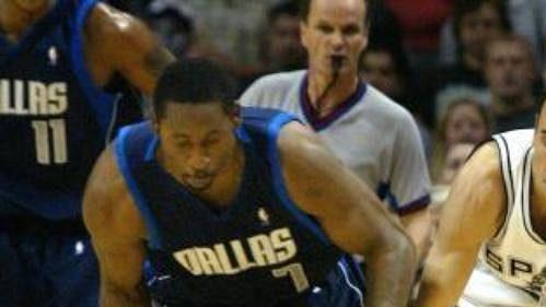 Dallas nezvládl koncovku šestého utkání.