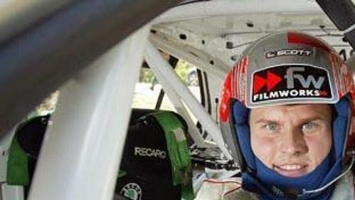Třetí pilot týmu Škoda na Finské rallye Jani Paasonen.